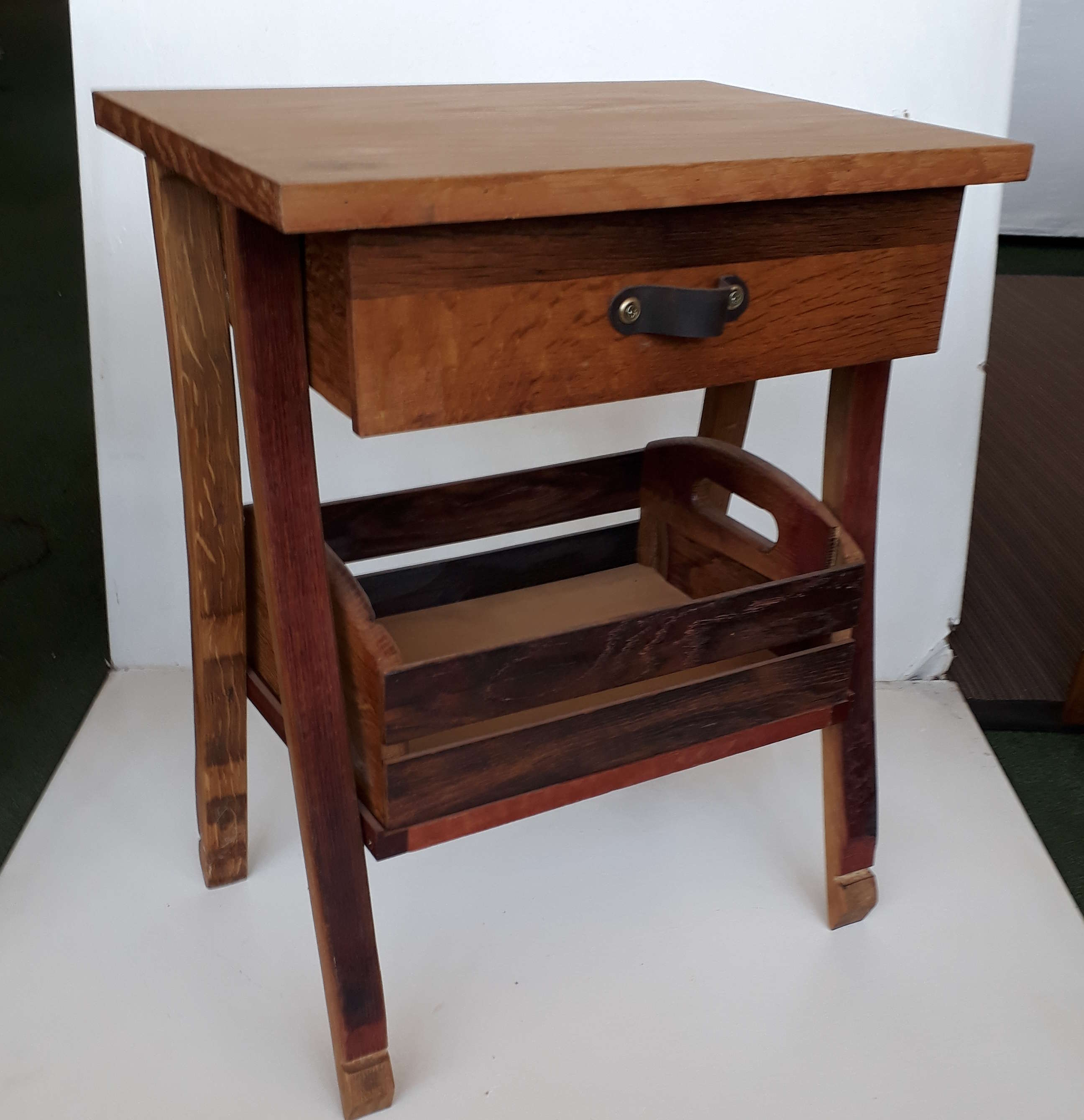 Astounding Side Table With Crate Ibusinesslaw Wood Chair Design Ideas Ibusinesslaworg